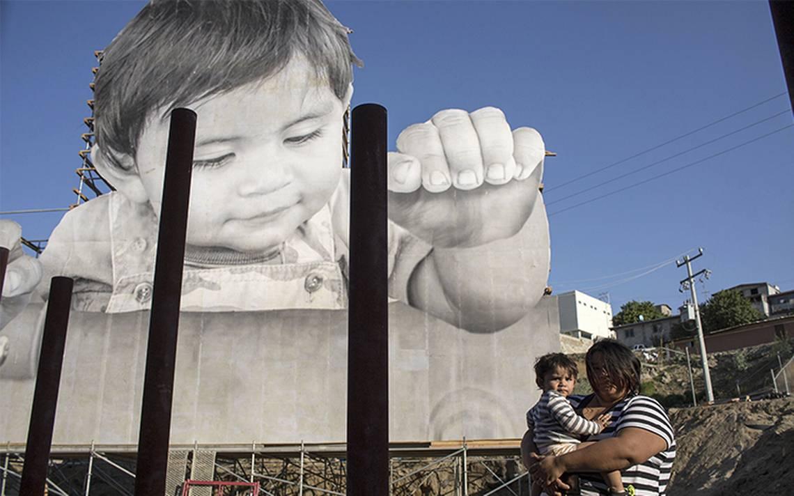 Kikito, il bambino di JR che sfida il muro di Trump | Collater.al 3
