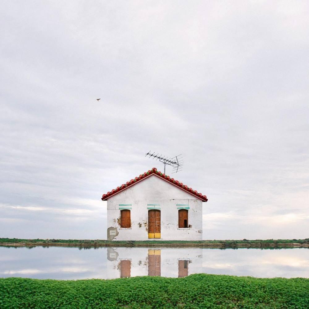 Le case solitarie di Manuel Pita | Collater.al 2
