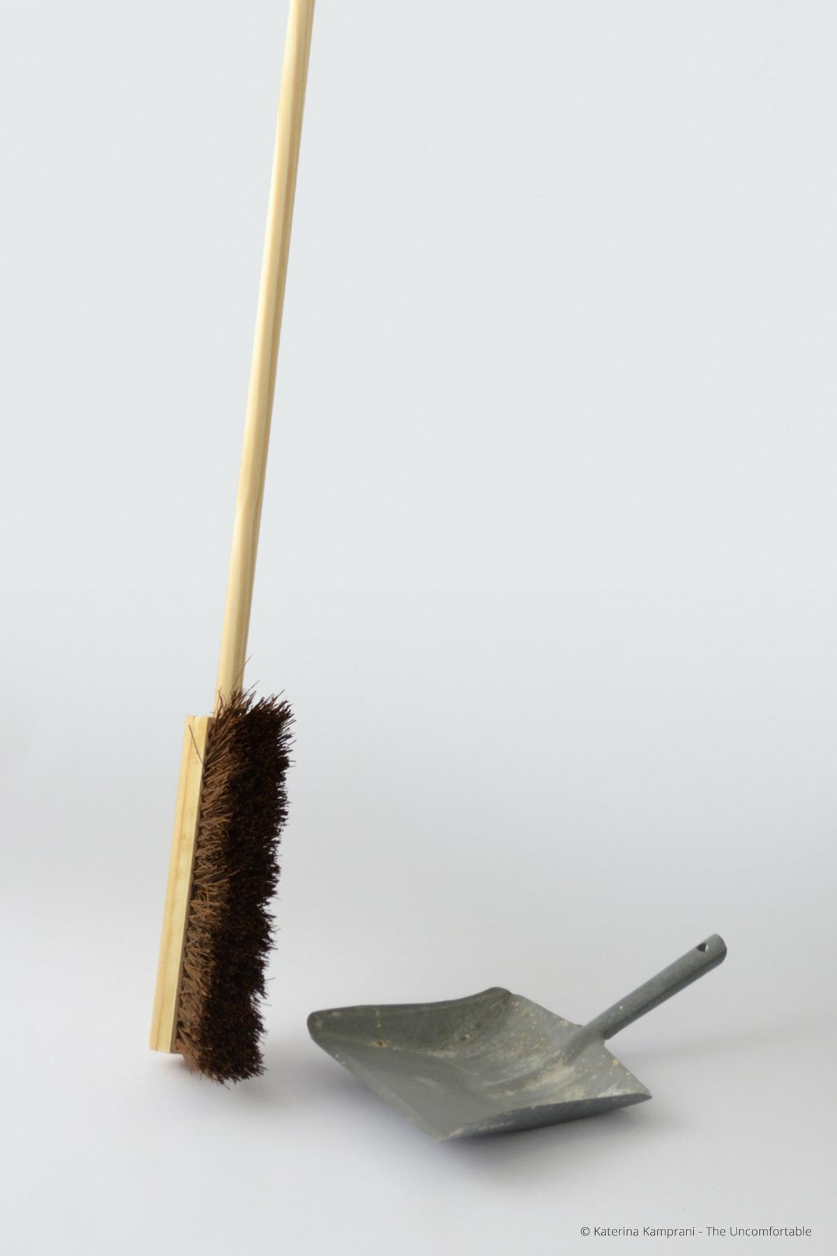 The Uncomfortable, gli oggetti di Katerina Kamprani | Collater.al 1