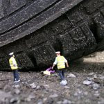 The little people project, la micro street art di Slinkachu | Collater.al 14