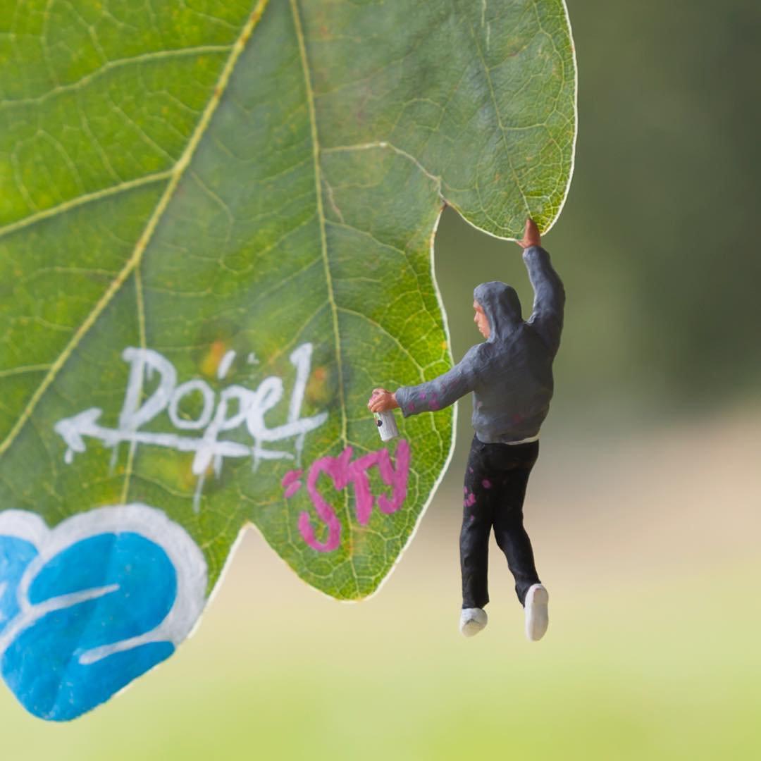 The little people project, la micro street art di Slinkachu | Collater.al 2