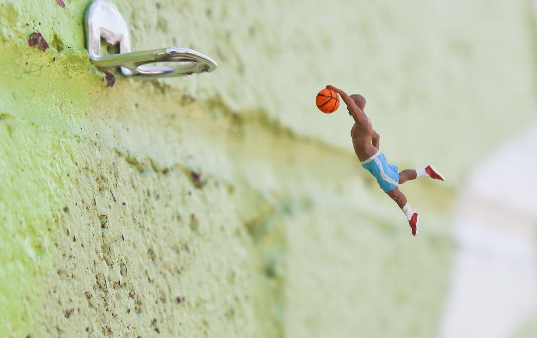 The little people project, la micro street art di Slinkachu