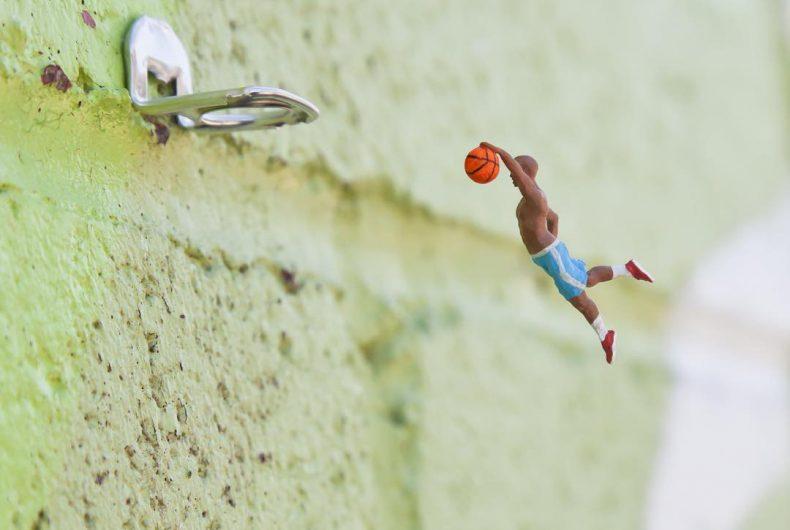 The little people project, the micro street art of Slinkachu
