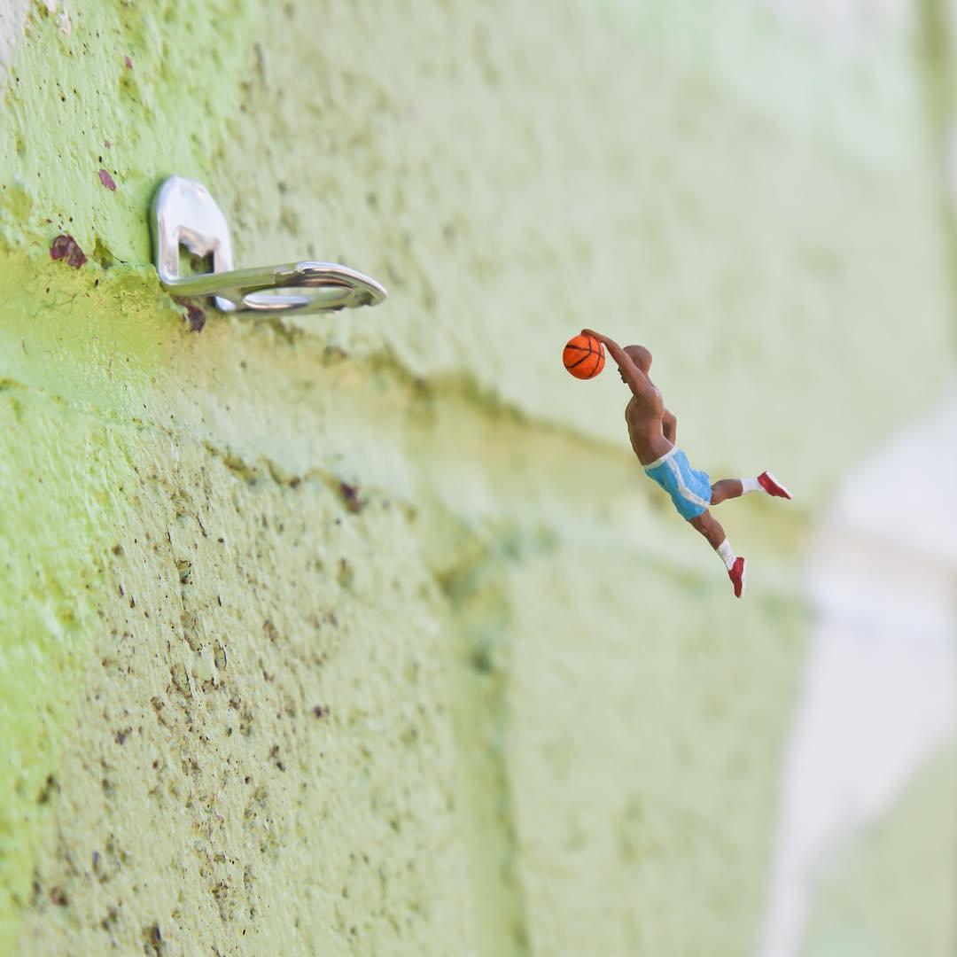 The little people project, la micro street art di Slinkachu | Collater.al 3