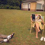 Everlasting, Annabel Oosteweeghel trasforma un bungalow disabitato in una storia anni '60 | Collater.al 3
