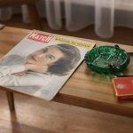 Everlasting, Annabel Oosteweeghel trasforma un bungalow disabitato in una storia anni '60 | Collater.al 4