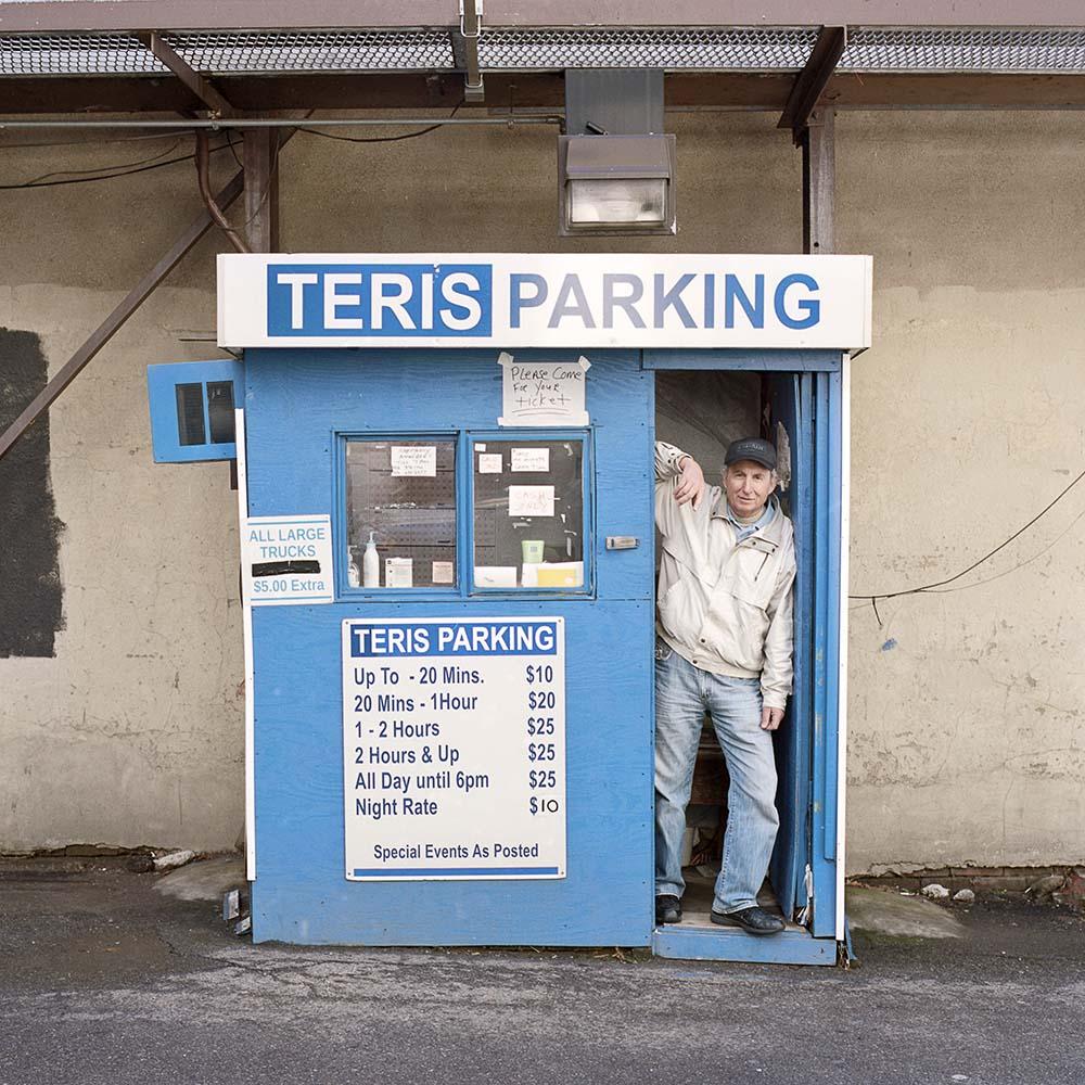 La solitudine dei parcheggiatori di Pittsburg nel progetto fotografico di Tom M. Johnson | Collater.al 10