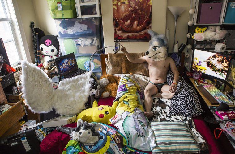 American Bedroom, portraits taken in the bedrooms of Americans