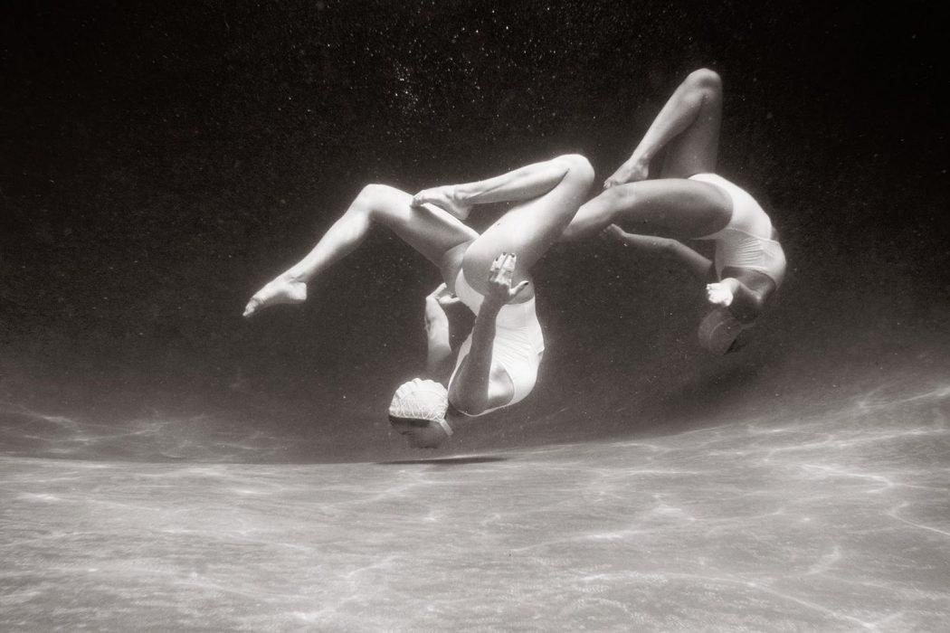 The Swimmers, le nuotatrici sincronizzate di Emma Hartvig | Collater.al 6
