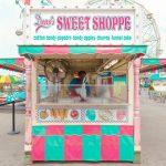 Coney Island, Salvador Cueva fotografa la sua infanzia | Collater.al
