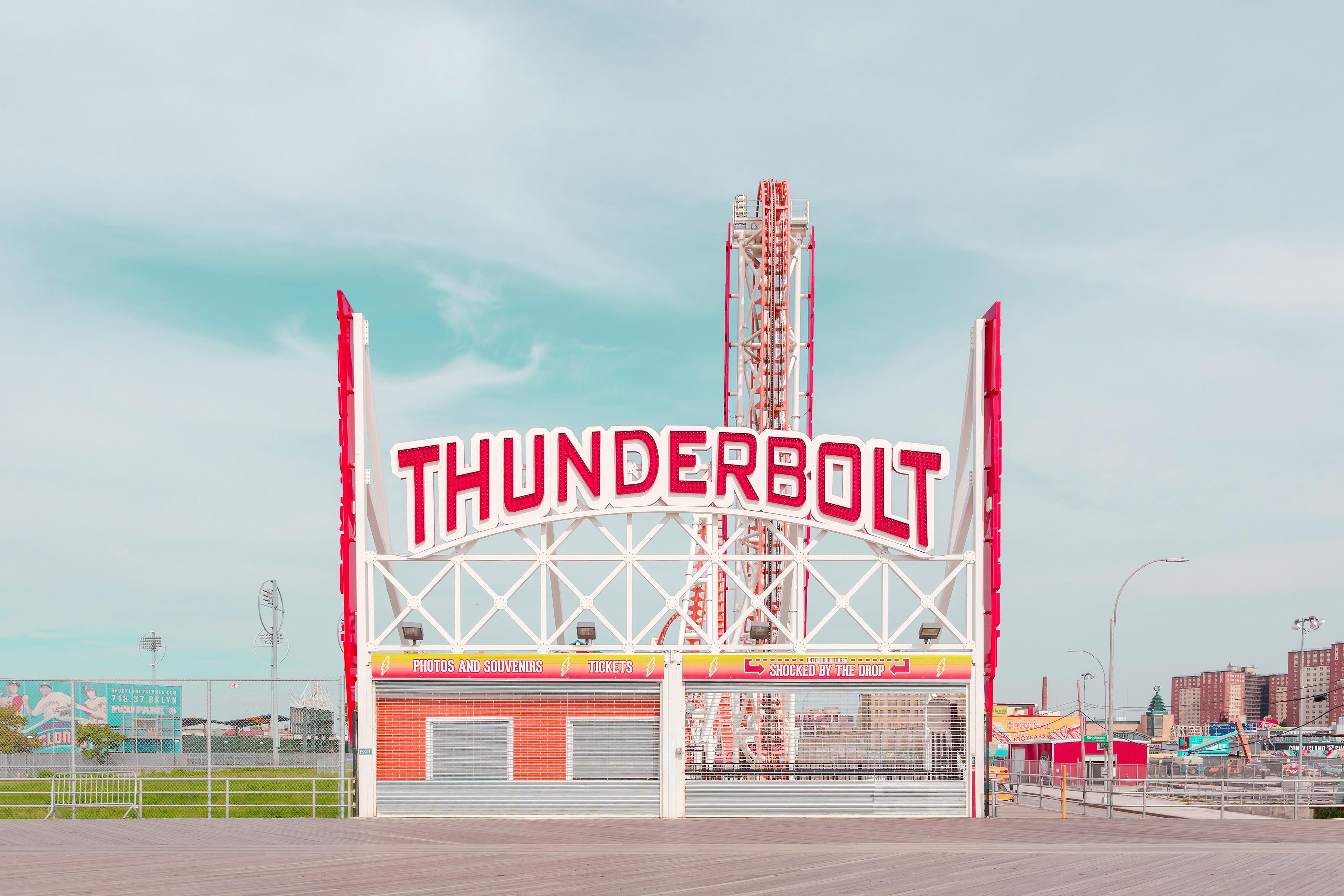 Coney island, Salvador Cueda fotografa i colori della sua infanzia | Collater.al 6