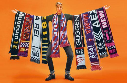 Museums League, le sciarpe dedicate ai musei di Maurizio Cattelan
