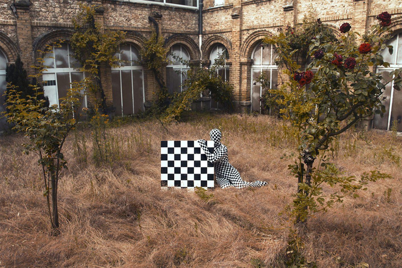 Not From Here, il progetto fotografico di Felicia Simion | Collater.al 5