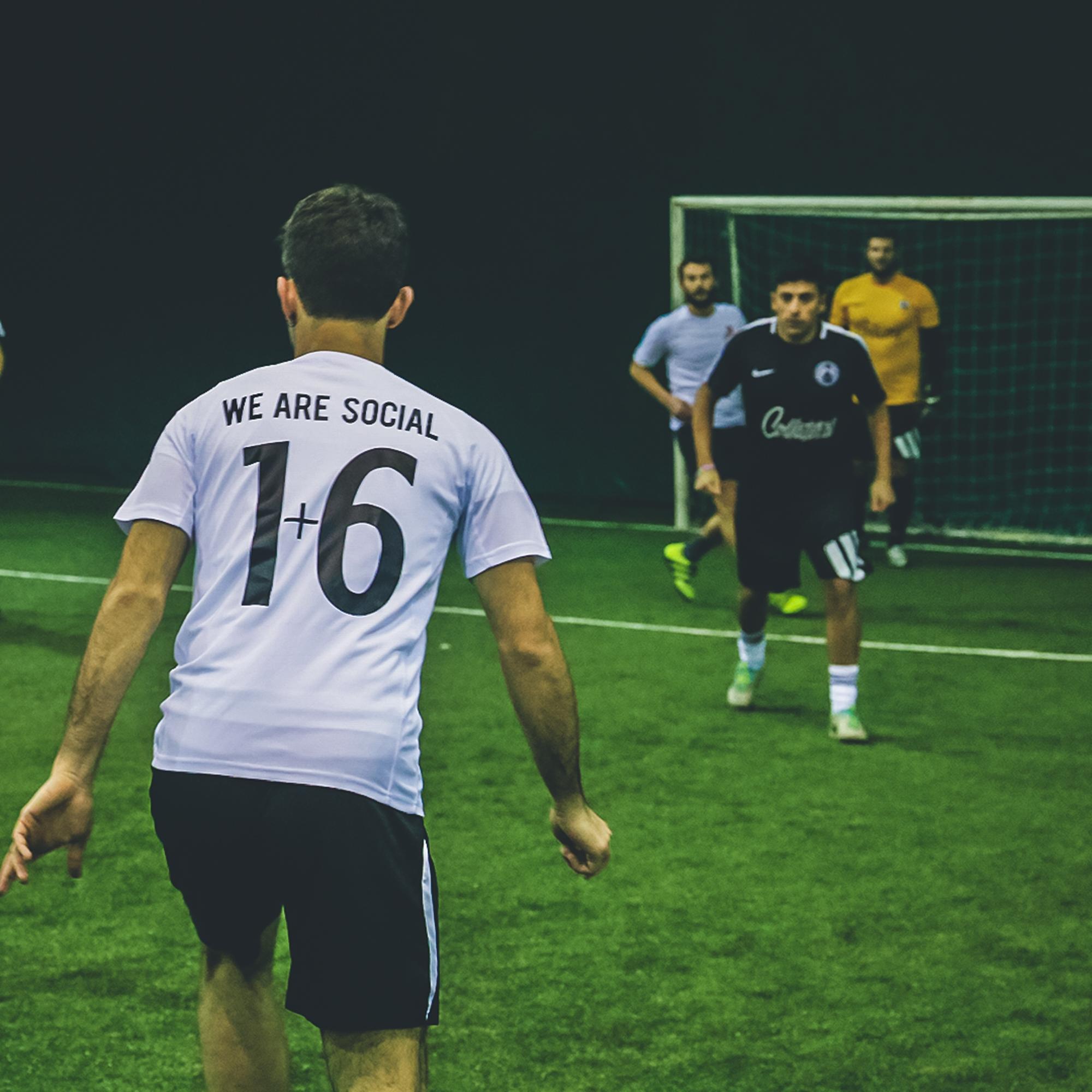 The Social Cup 00, un torneo di beneficienza fra calcetto e comunicazione | Collater.al 5