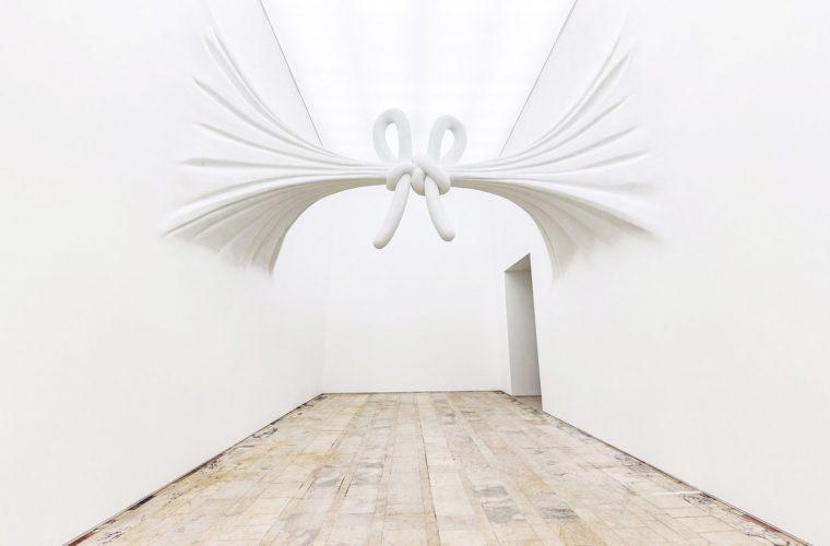 Le installazioni elastiche di Daniel Arsham