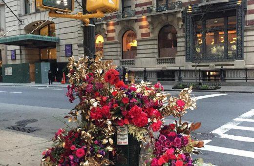 Le installazioni floreali newyorchesi di Lewis Miller