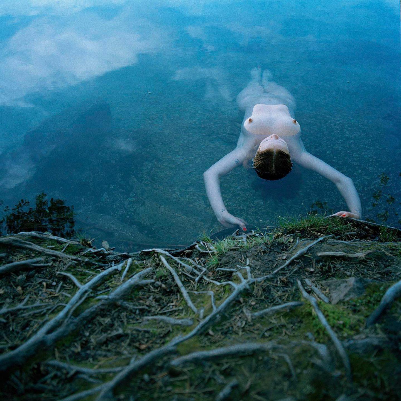 Simbiosi, il progetto fotografico di Noora-Maija Tokee | Collater.al 11