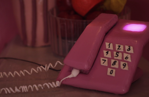 Short video for Breakfast – Hi, It's Your Mother, legami di sangue (NSFW)