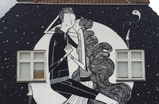 Alex Senna romantic street art