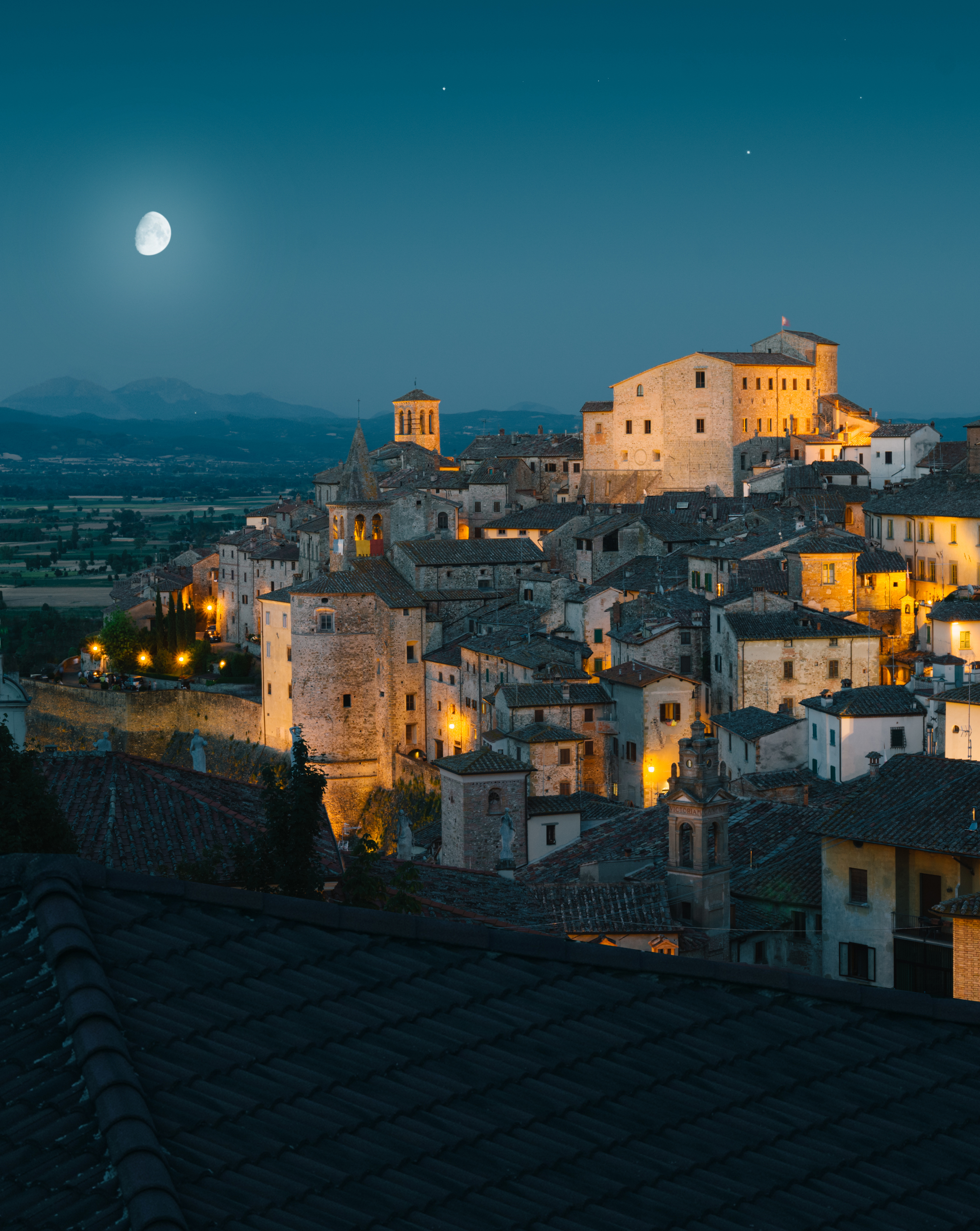 Light Tellers - What Italy Is intervista What Italy Is | Collater.al 1
