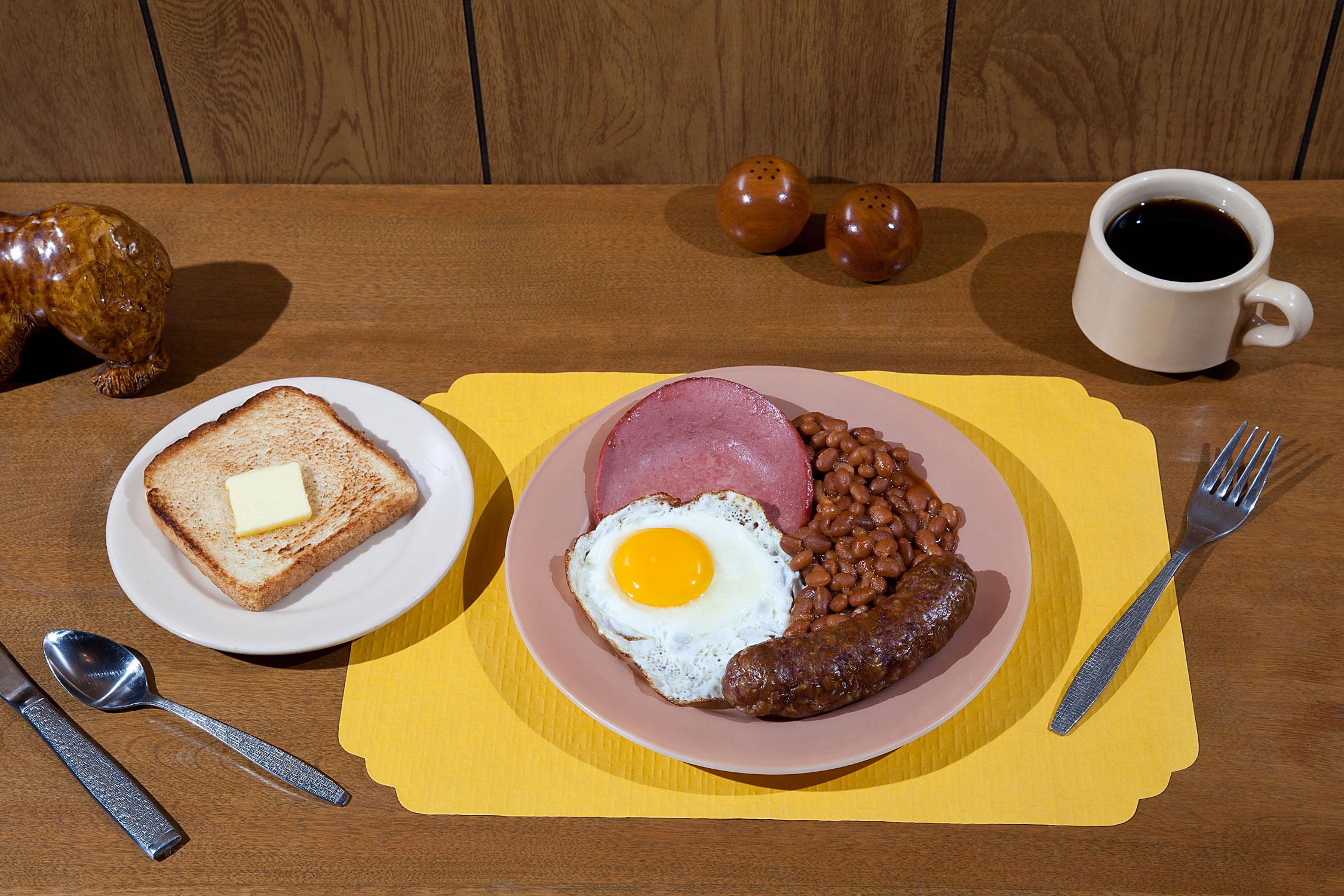 Pancakes Is Ready, le tavole perfette di Kelsey McClellan e Michelle Maguire | Collater.al 1