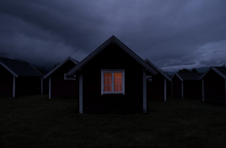 After Lights Out, the world in the dark of Julien Mauve