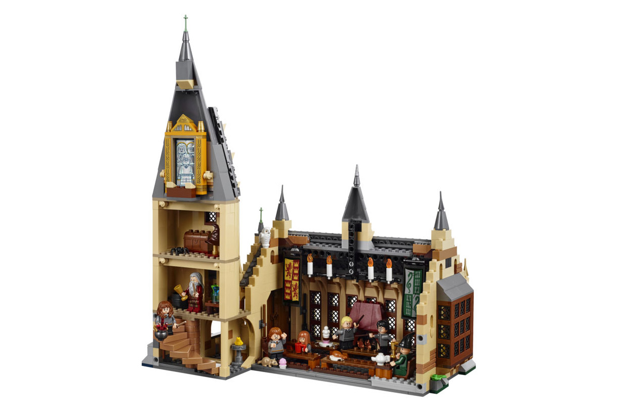 Lego rende omaggio ad Harry Potter con il set di Hogwarts | Collater.al 4