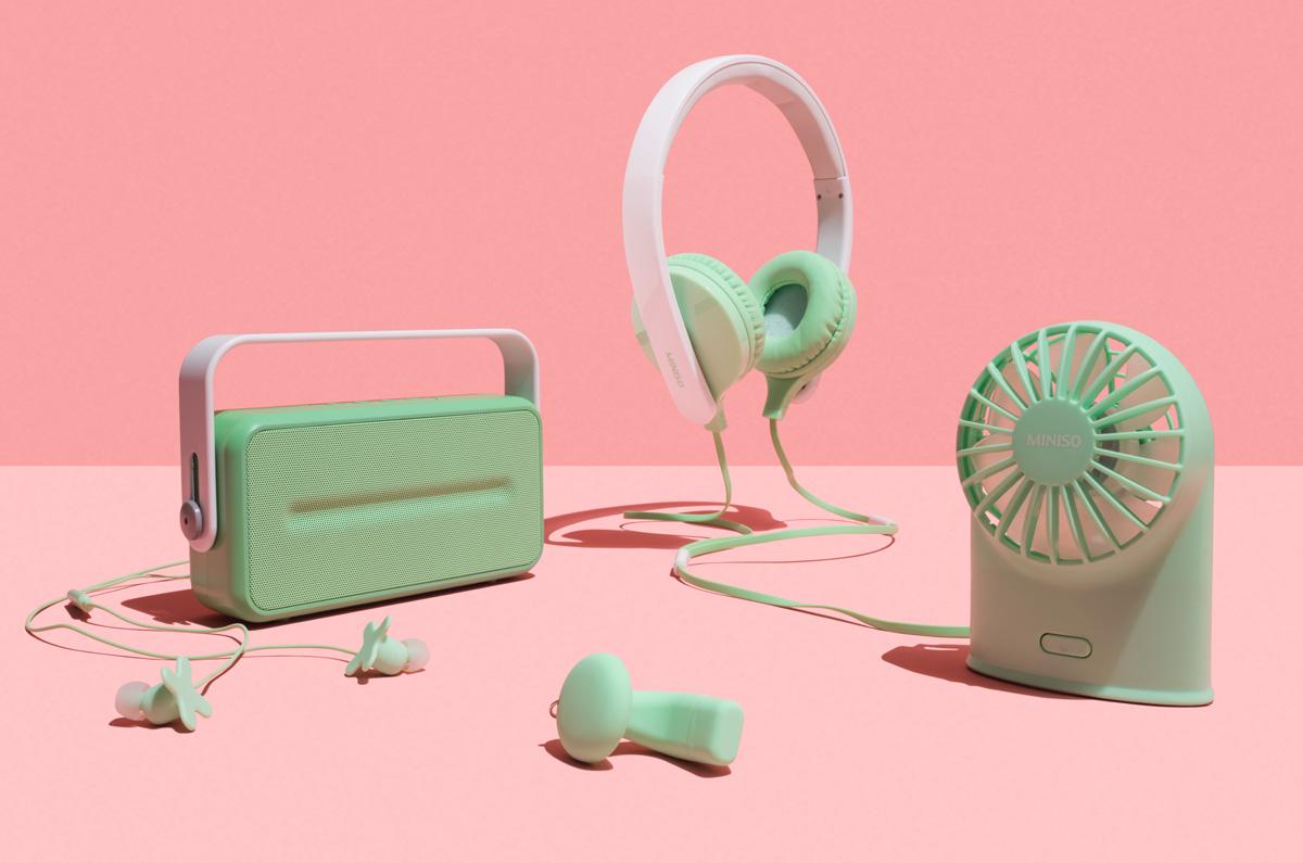 Permafrost x MINISO, dispositivi elettronici che sembrano giocattoli | Collater.al 6