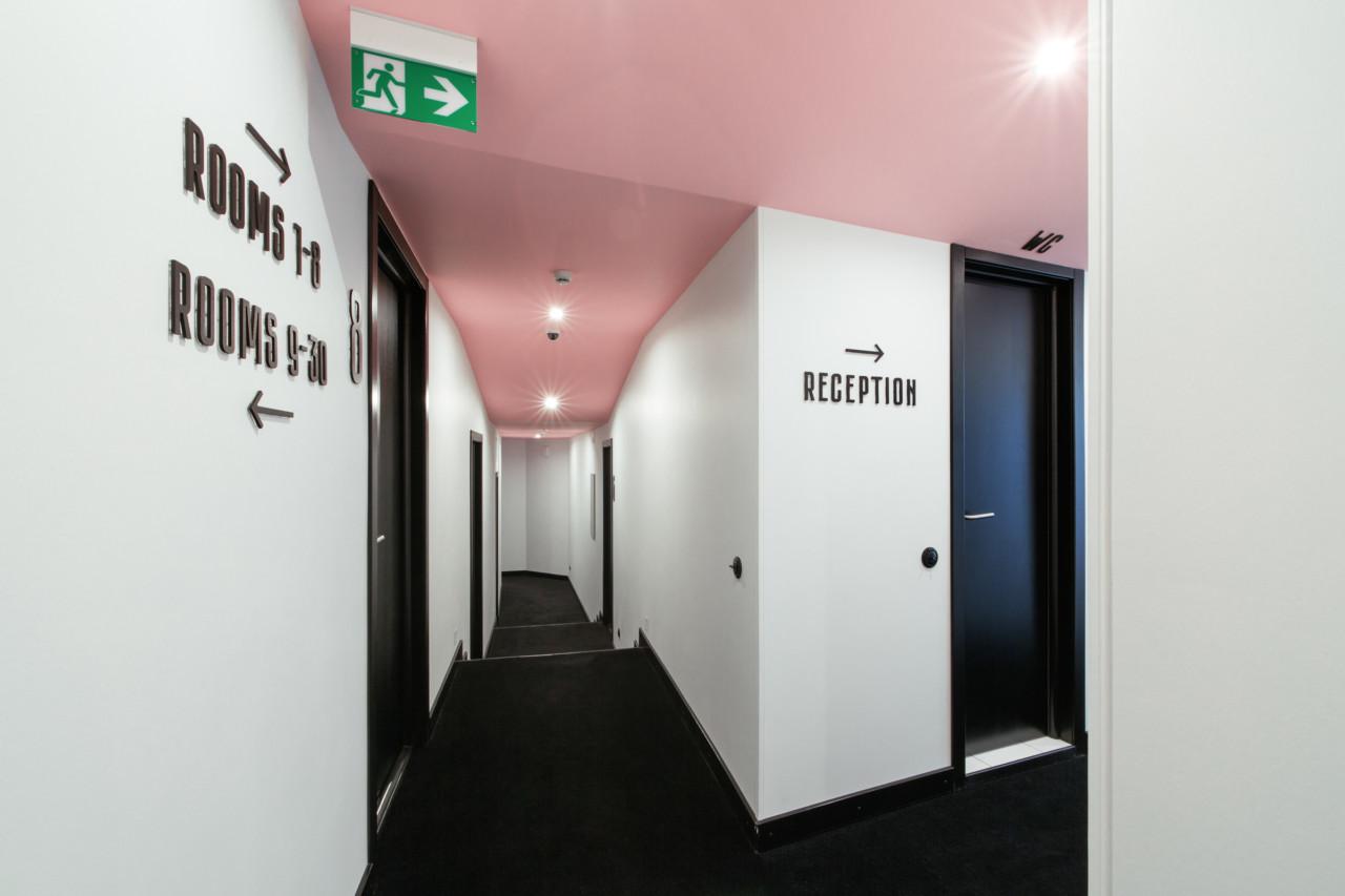 The Pokrovka 6 Hotel, hotel boutique che gioca con i colori | Collater.al 14