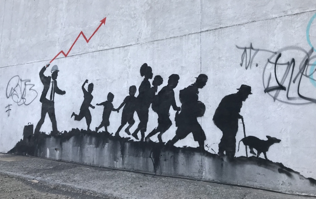 Foto Murales New York.Banksy In New York Two New Murals In Brooklyn Collater Al