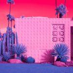 Infra Realism, Palm Springs si veste di rosa nelle foto di Kate Ballis | Collater.al 1