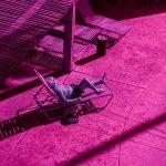Infra Realism, Palm Springs si veste di rosa nelle foto di Kate Ballis | Collater.al 10