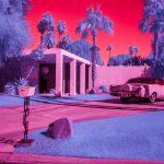 Infra Realism, Palm Springs si veste di rosa nelle foto di Kate Ballis | Collater.al 4