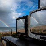 Revision, la realtà riflessa nelle televisioni di Shirin Abedinirad | Collater.al 5