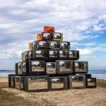 Revision, la realtà riflessa nelle televisioni di Shirin Abedinirad | Collater.al 8