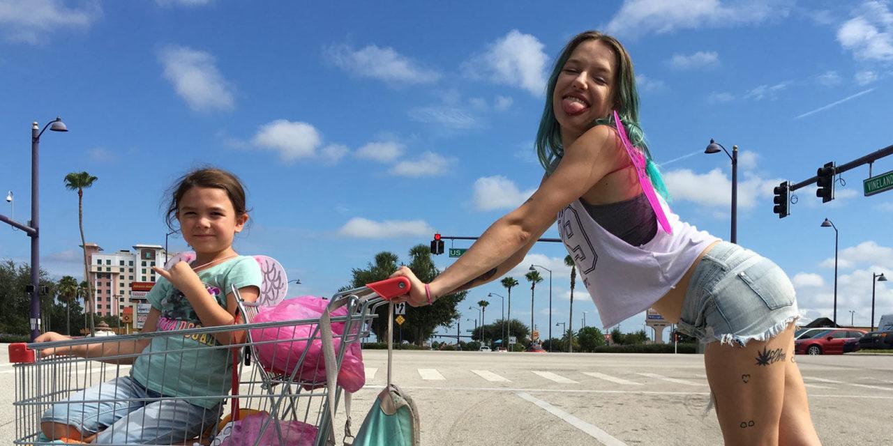 Un sogno chiamato Florida il nuovo film di Sean Baker | Collater.al 4