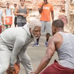 Uncle Drew, il film con Kyrie Irving e le star dell'NBA arriva al cinema | Collater.al a