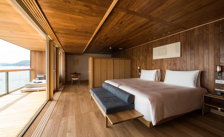 Guntu, il floating hotel che naviga le coste giapponesi | Collater.al 10