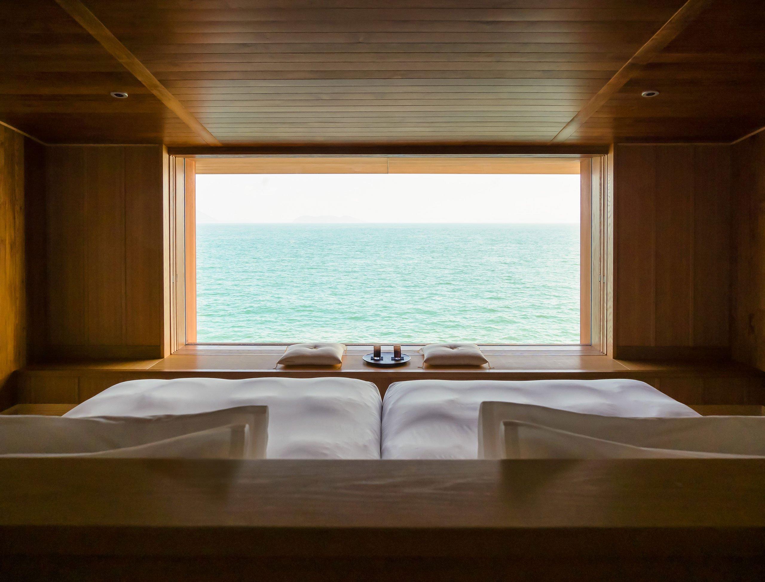 Guntu, il floating hotel che naviga le coste giapponesi | Collater.al 13