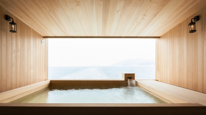 Guntu, il floating hotel che naviga le coste giapponesi | Collater.al 15