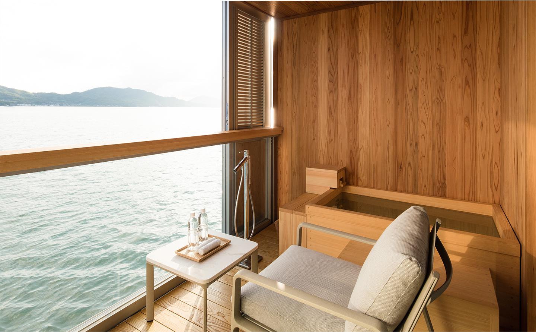 Guntu, il floating hotel che naviga le coste giapponesi | Collater.al 2