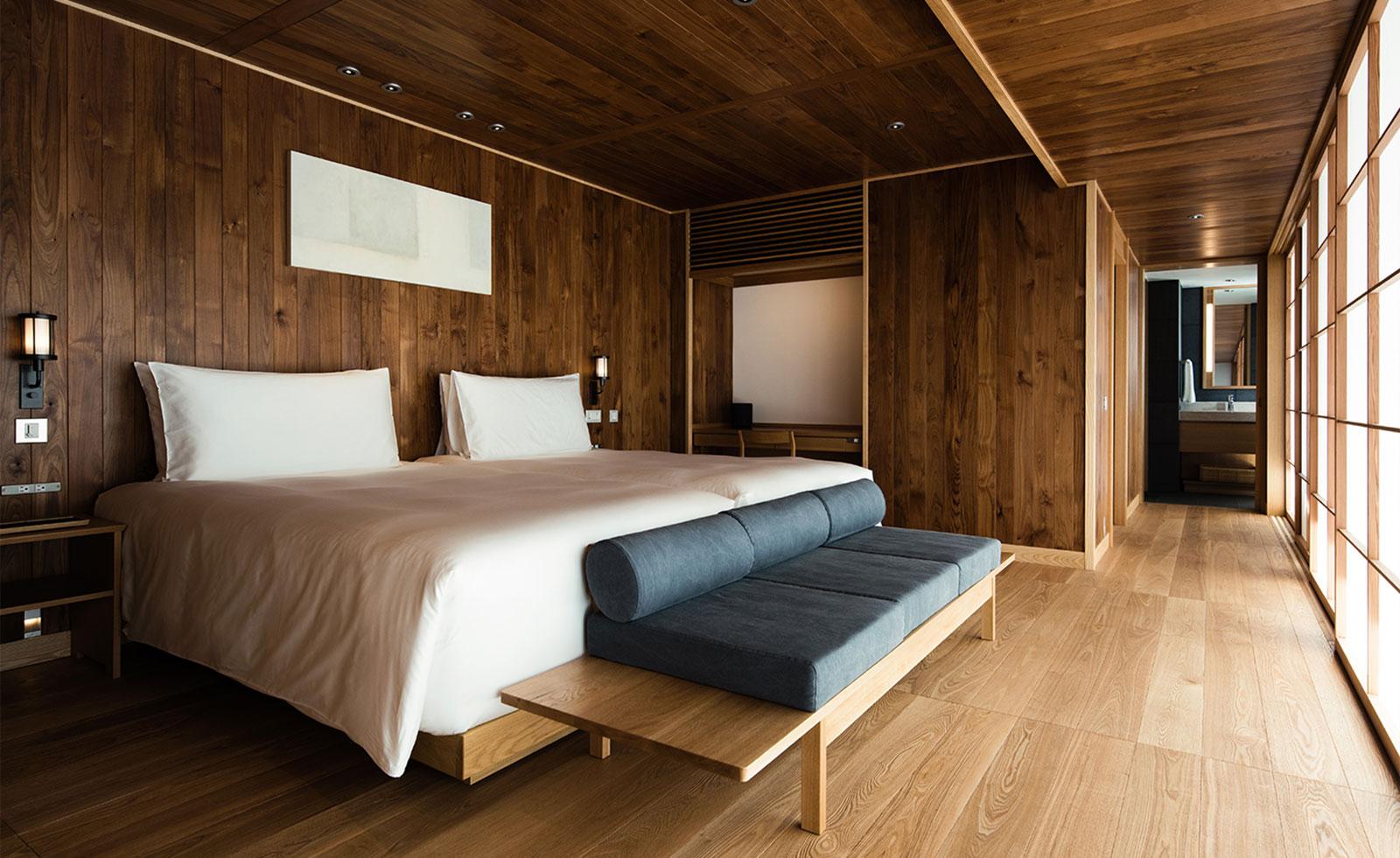 Guntu, il floating hotel che naviga le coste giapponesi | Collater.al 5