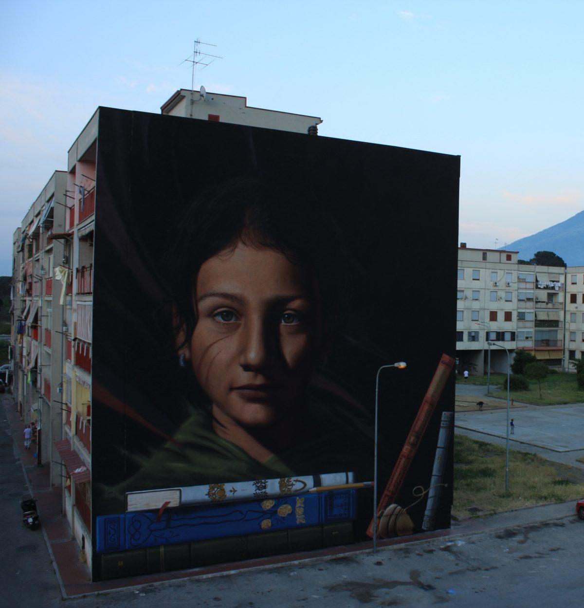 La Street Art colora la periferia di Napoli con il Parco dei Murales | Collater.al Jorit