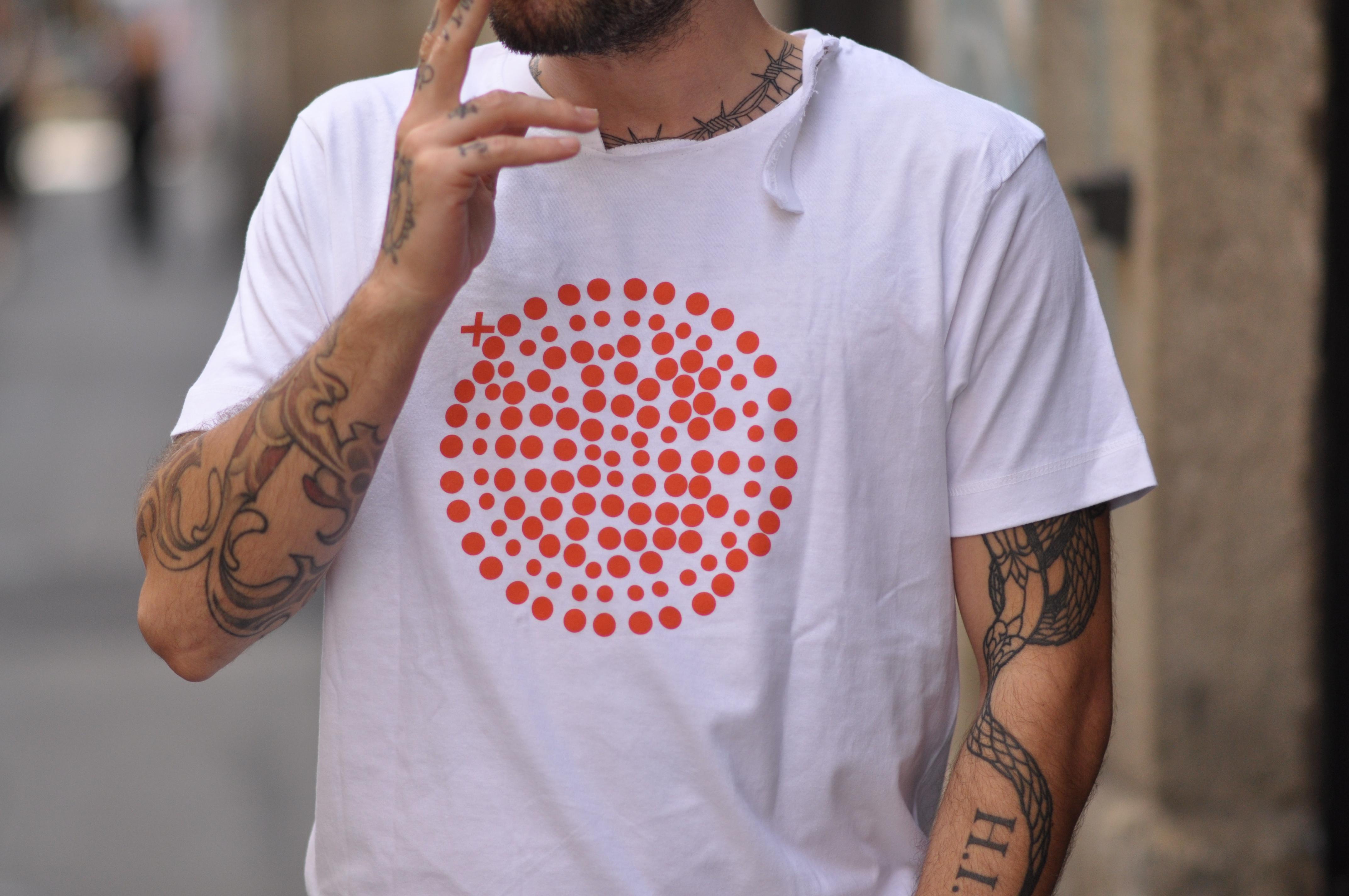 Plus Orbs, i cerchi di Andrea Sata Forever in mostra a EPPOL Milano | Collater.al 5