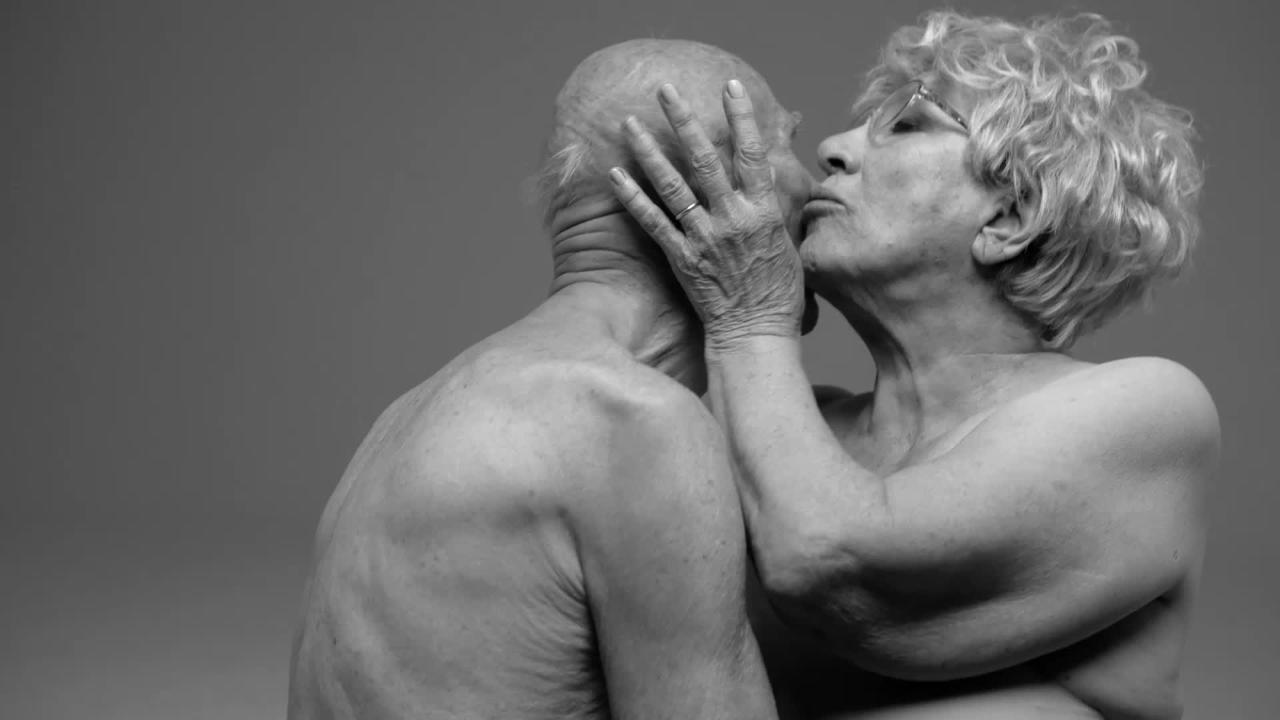Un omaggio all erotismo firmato dal fotografo inglese Rankin | Collater.al 2