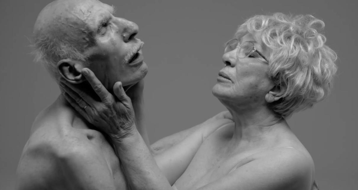 Un omaggio erotismo firmato dal fotografo inglese Rankin | Collater.al 1