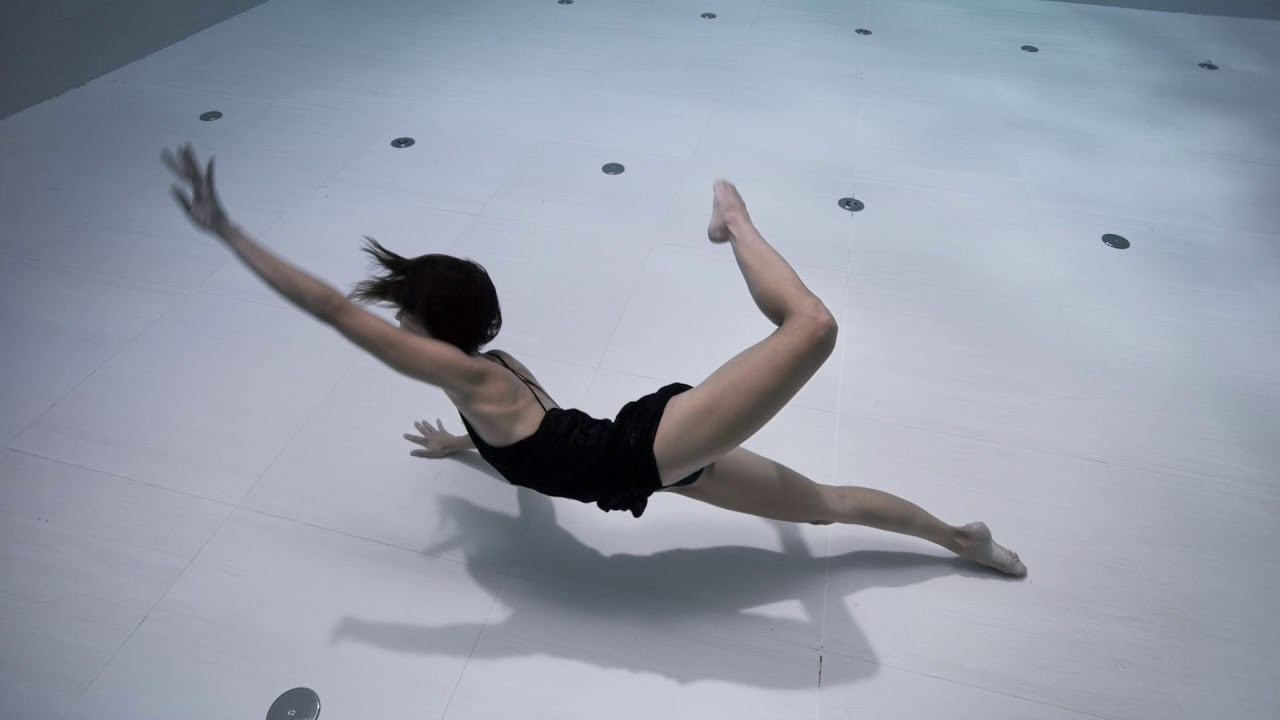 Ama, affascinate danza subacquea di Julie Gautier | Collater.al 1