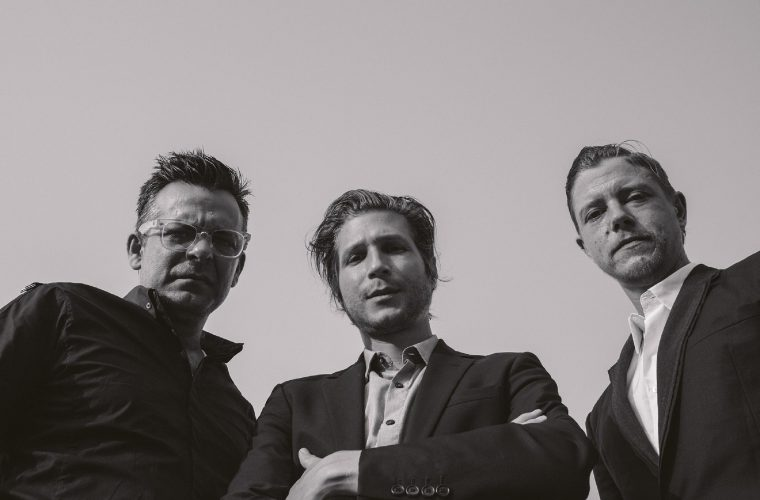 Interpol, 8 minuti per raccontare 15 anni di Turn On The Bright Lights