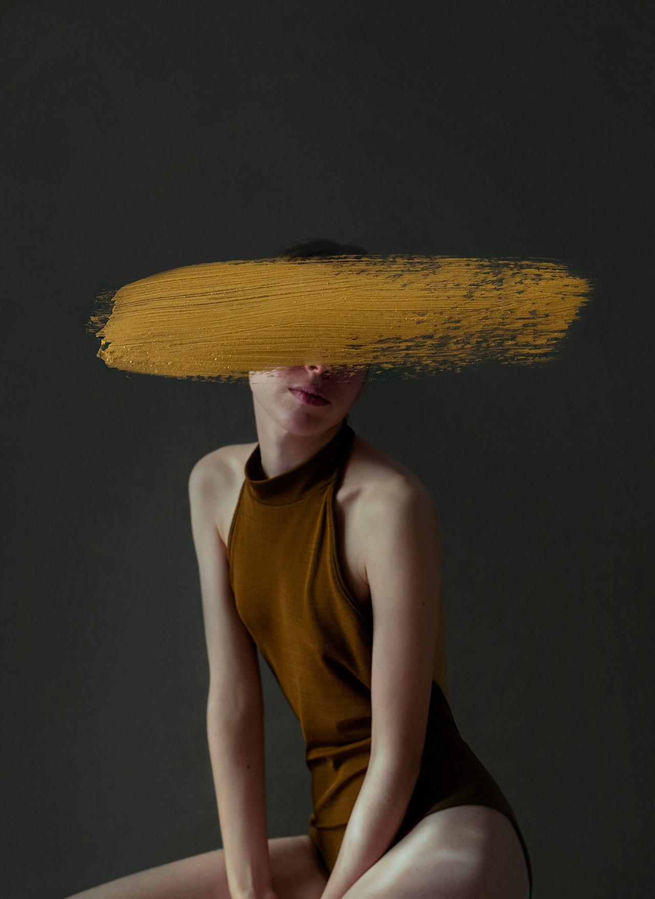 I ritratti misteriosi di Andrea Torres Balaguer | Collater.al
