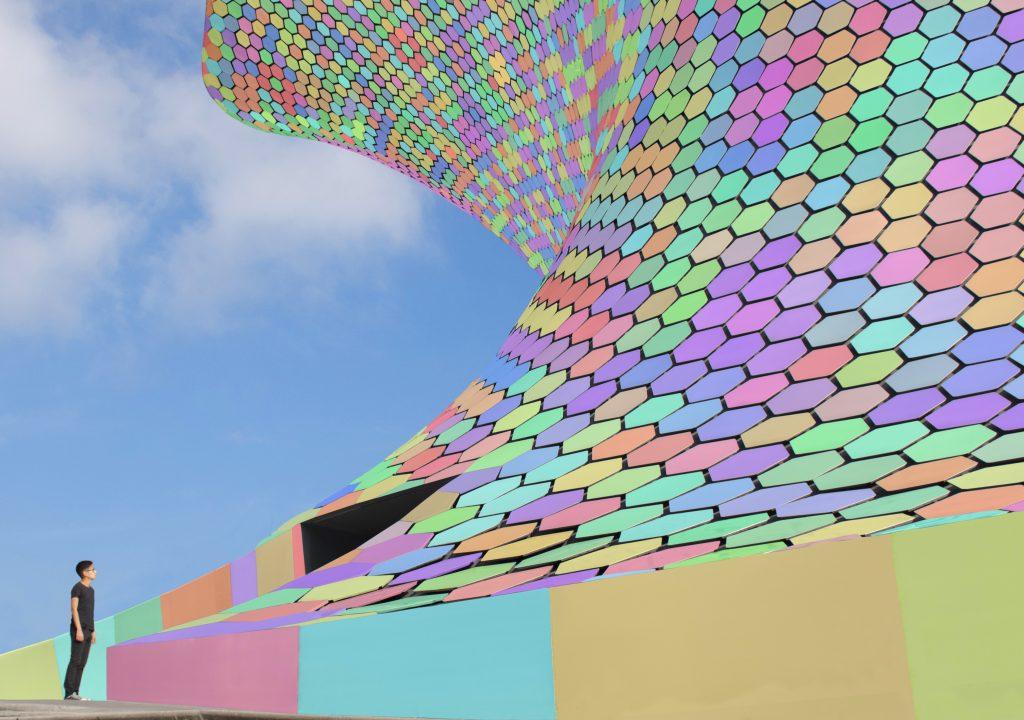 Le fotografie arcobaleno di Emmanuel Carvajal | Collater.al